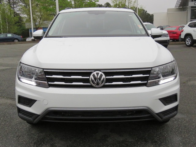New 2019 Volkswagen Tiguan SE with 4MOTION®